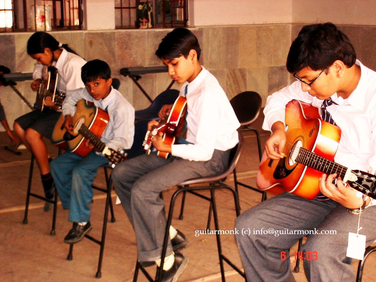 Guitarmonk Club school students