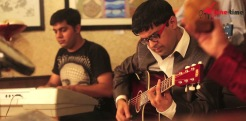 Chura Liya hai tumne guitar performance at east delhi gallery