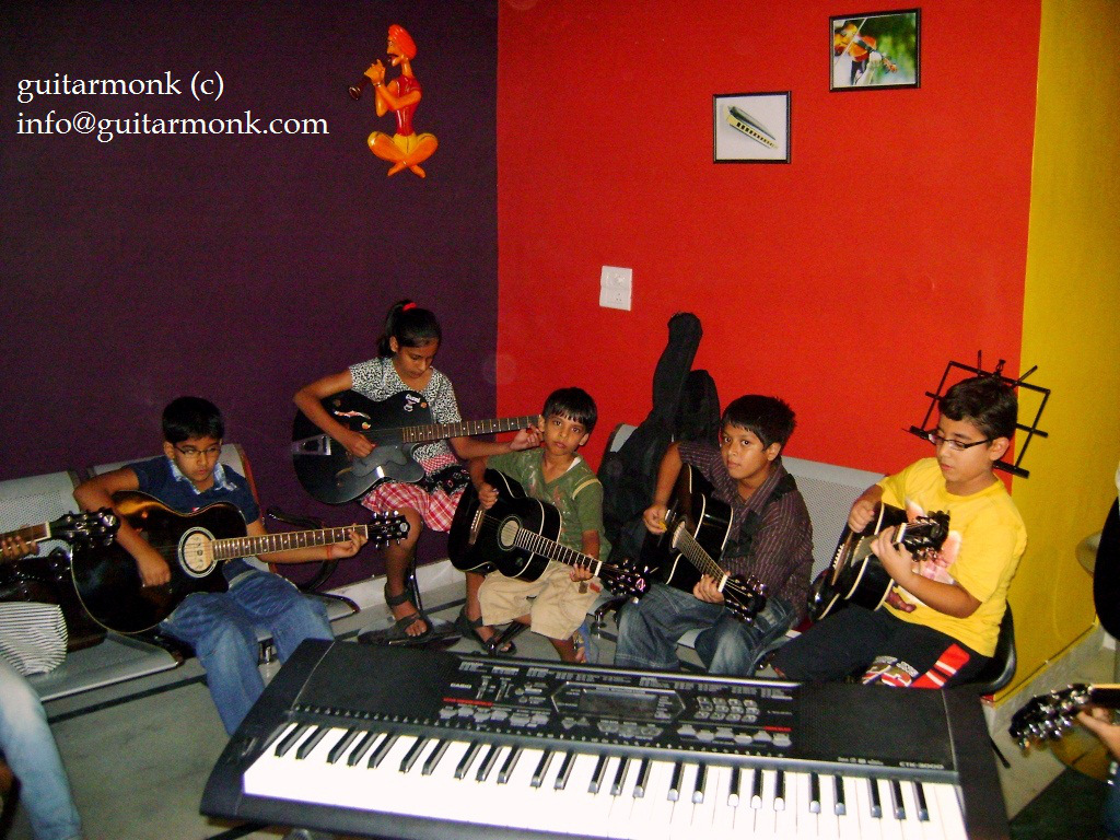 Guitar classes in greater kailash south delhi